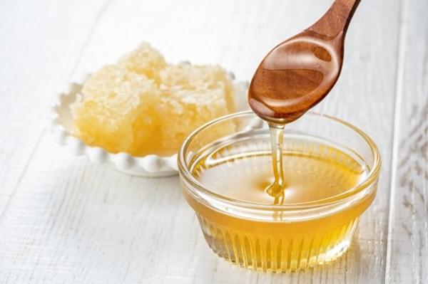 除了生魚片,小小孩也不能吃蜂蜜