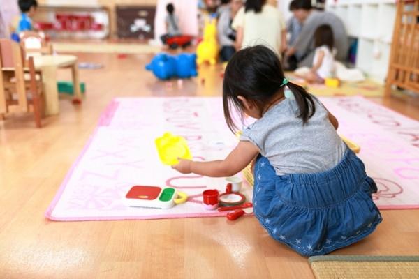 全國警戒降二級,托嬰中心、幼兒園等教育場域有條件開放