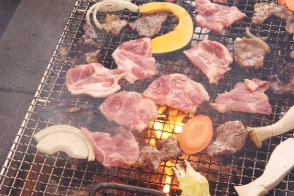 中秋烤肉最怕食材不新鮮、未煮熟