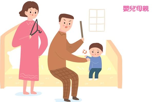 負向的教養方式可能會讓孩子模仿學習,養成用暴力行為與他人互動的習慣
