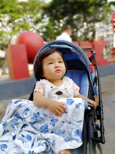 預防寶寶坐嬰兒推車中暑