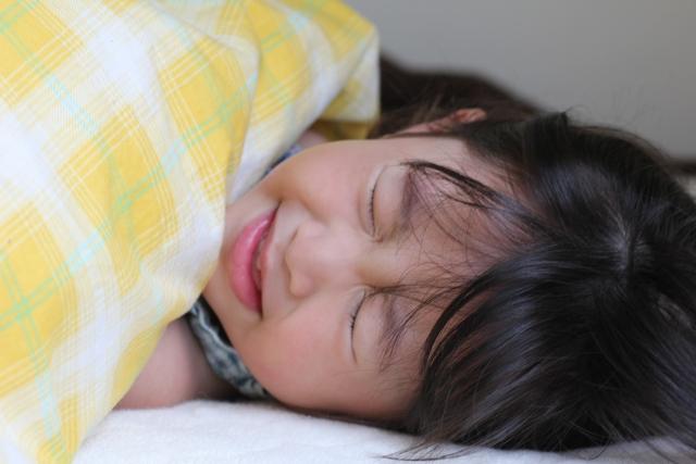 根據統計,6歲以下每25人中有1人發生過熱痙攣,是兒科常見的急診狀況。