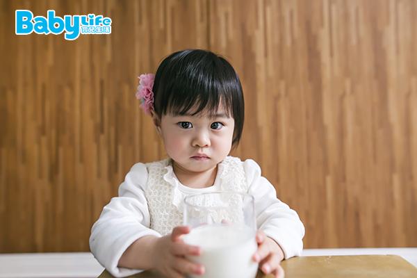 嬰幼兒飲食