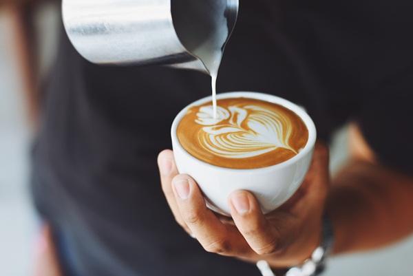 常見飲食迷思:如果想要攝取足夠的鐵質,吃完飯後,建議不要立刻喝茶或咖啡。