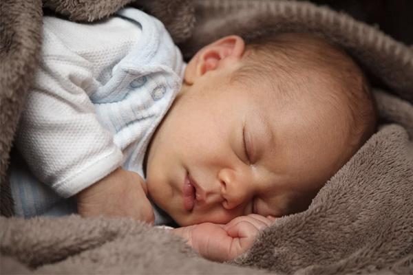 哄睡寶寶的5大絕招