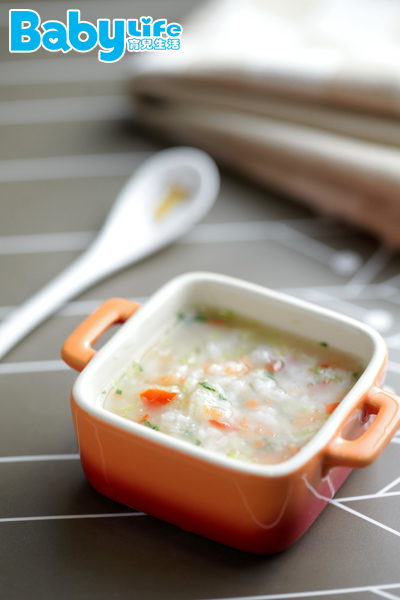 「田園蔬菜寶寶粥」適用6個月以上的寶寶副食品