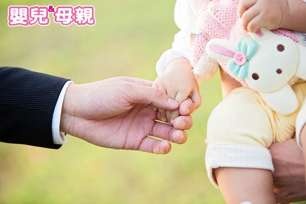 沒人是天生好爸爸,孩子出生前你可以做這些調適