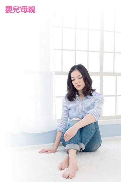 女性還滿常見在經前、產後或更年期伴隨憂鬱,世界衛生組織(WHO)統計就顯示,全球女性罹患憂鬱症的人口是男性的2倍,依衛福部資料,台灣女性罹患鬱症的人口是男性的1.8倍。