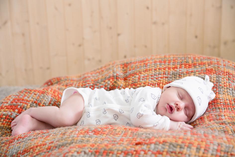 嬰幼兒免疫系統尚未發育健全,呼吸道比成人狹小