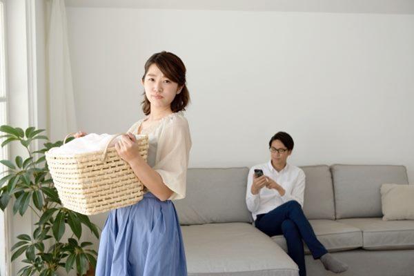 妻子無酬照顧家庭是丈夫的3倍