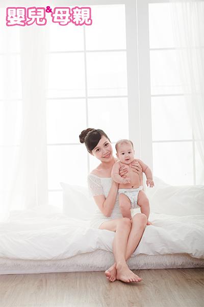 尿布疹最常出現在寶寶嘗試配方奶或是腸胃炎的時候。當寶寶吃配方奶後出現腹瀉、哭鬧、嘔吐,則有可能是對牛奶中的蛋白過敏