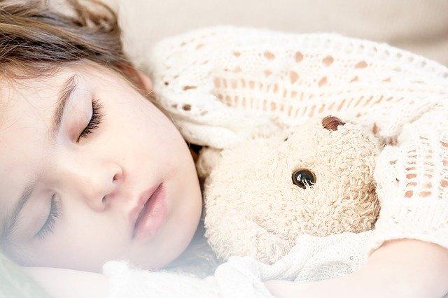 孩子吵鬧後,睡得更好