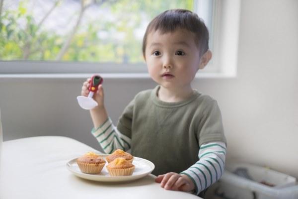 美國最新研究:兒童期吃糖,易使成年記憶力下降