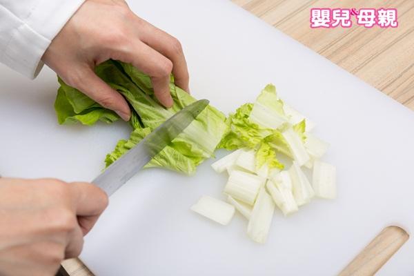 寶寶副食品,小白菜絞肉麵步驟圖