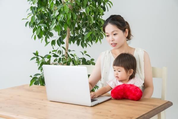 職場媽咪們總是會感到擔心,如果想要同時兼顧家庭和事業,會不會到頭來兩邊都處理不好,工作做不完,和孩子也不夠親密?