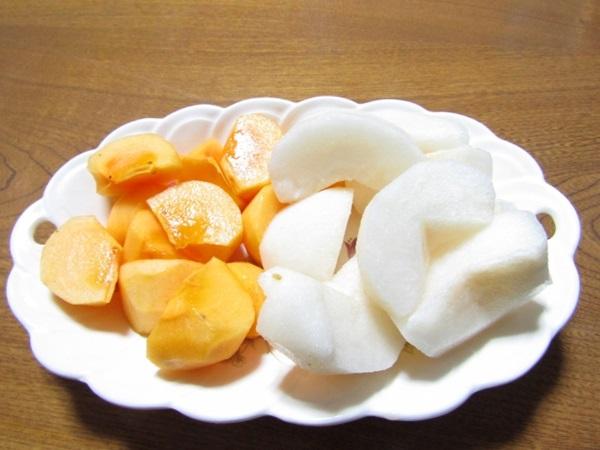 水果特性容易腐壞,不是切掉就能吃
