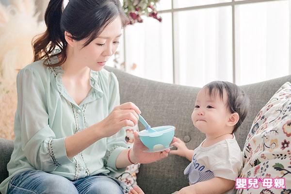 怕寶寶過敏,什麼都不敢給他吃。