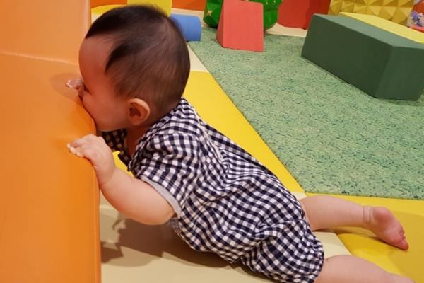 誤食異物的幼童大多小於3歲,為了避免誤食,不應讓小小孩接觸可能會被誤吞的玩具或物品。