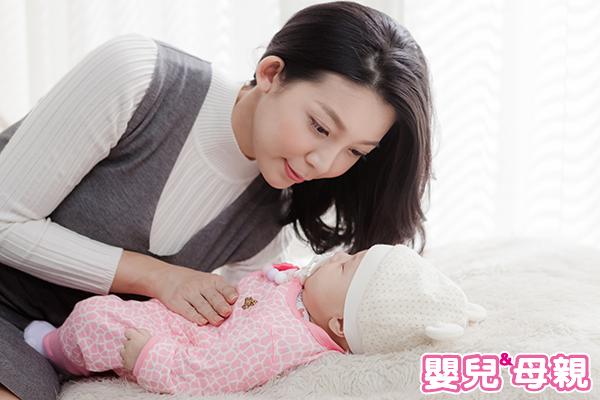 滿月後寶寶次數減少便便