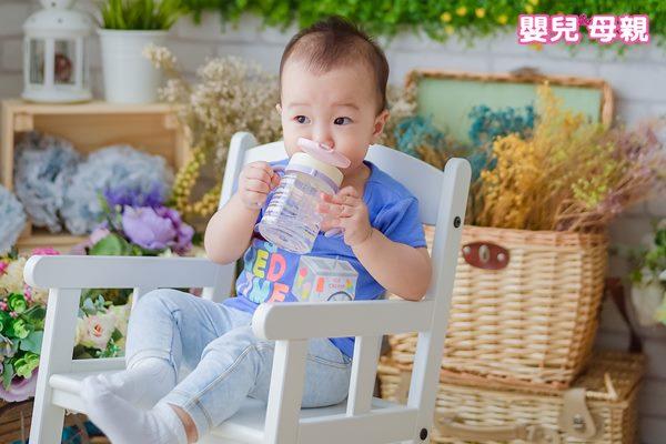 若不慎飲用含鉛的水,雖然對於身體並無立即性的鉛中毒風險,但由於鉛排出人體的速度很慢,因此很容易堆積在體內造成慢性的鉛中毒,長期下來更是造成身體的一大負擔。