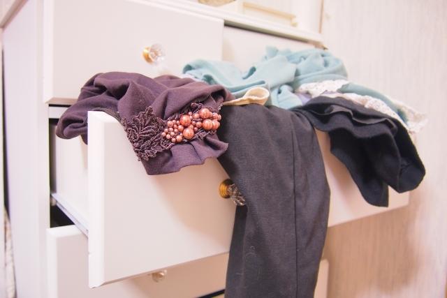 孩子衣物不需做「囤積」,掌握3原則,輕鬆整理衣櫃。