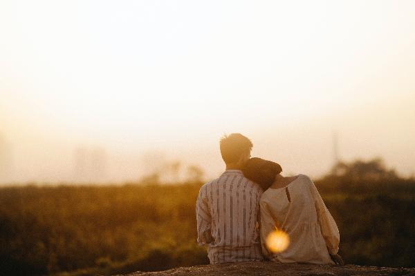 不管是自慰、性幻想,或主動要求性行為,都是很健康很正面的兩性互動。