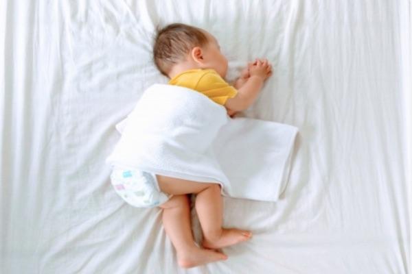 研究顯示,懷孕時若碘的吸收每日少於150微克,孩子長大後處理文字的能力,尤其是拼字成績較差,但對數學成績沒有影響。