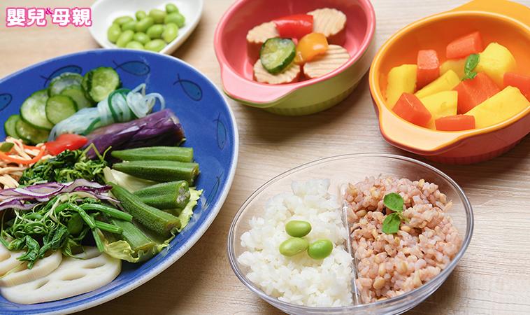 補充關鍵營養素,素食媽咪坐月子進補對策