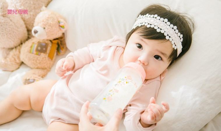新生兒喝奶3狀況:溢奶、吐奶、嗆奶