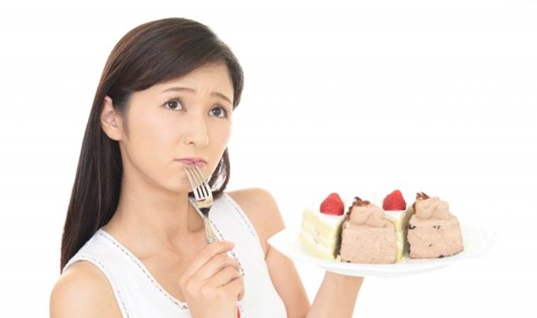 來經前老是愛吃甜食?改吃這3樣滿足大腦減少經前困擾