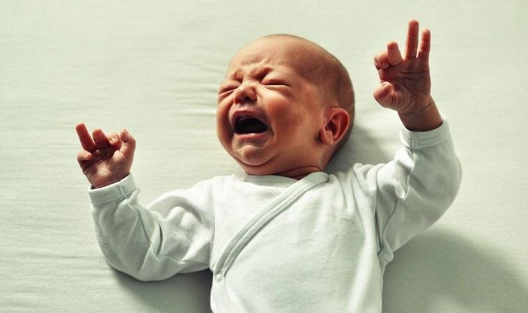 勿輕忽腸病「克隆氏症」!男童發燒腹瀉不止,終身藥不離身