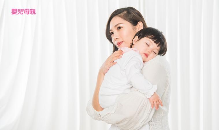 不搖不抱實用哄睡法,做到3件事,幫助孩子自己睡過夜