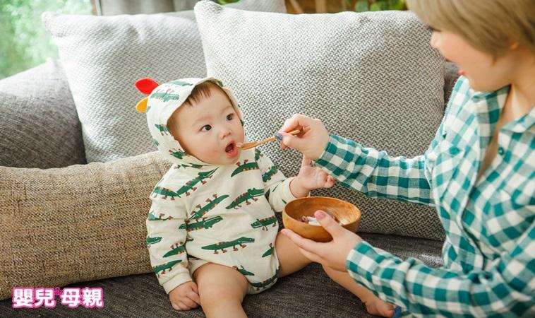 寶寶副食品吃完皮膚變黃怎麼辦?不只南瓜、紅蘿蔔,這些食物更要注意!