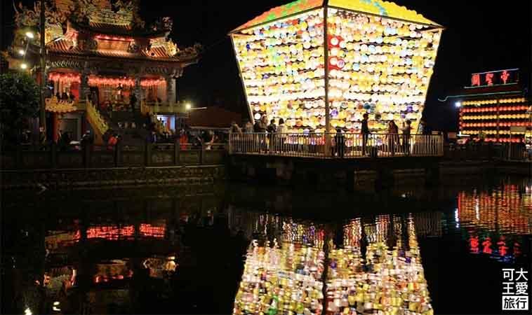 三峽廣行宮,用上千座燈籠串起平安