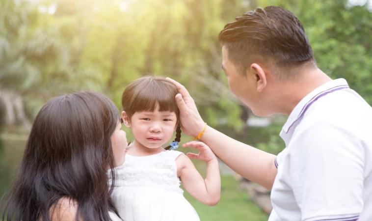 孩子被批評怎麼辦!3種狀況父母這樣回應