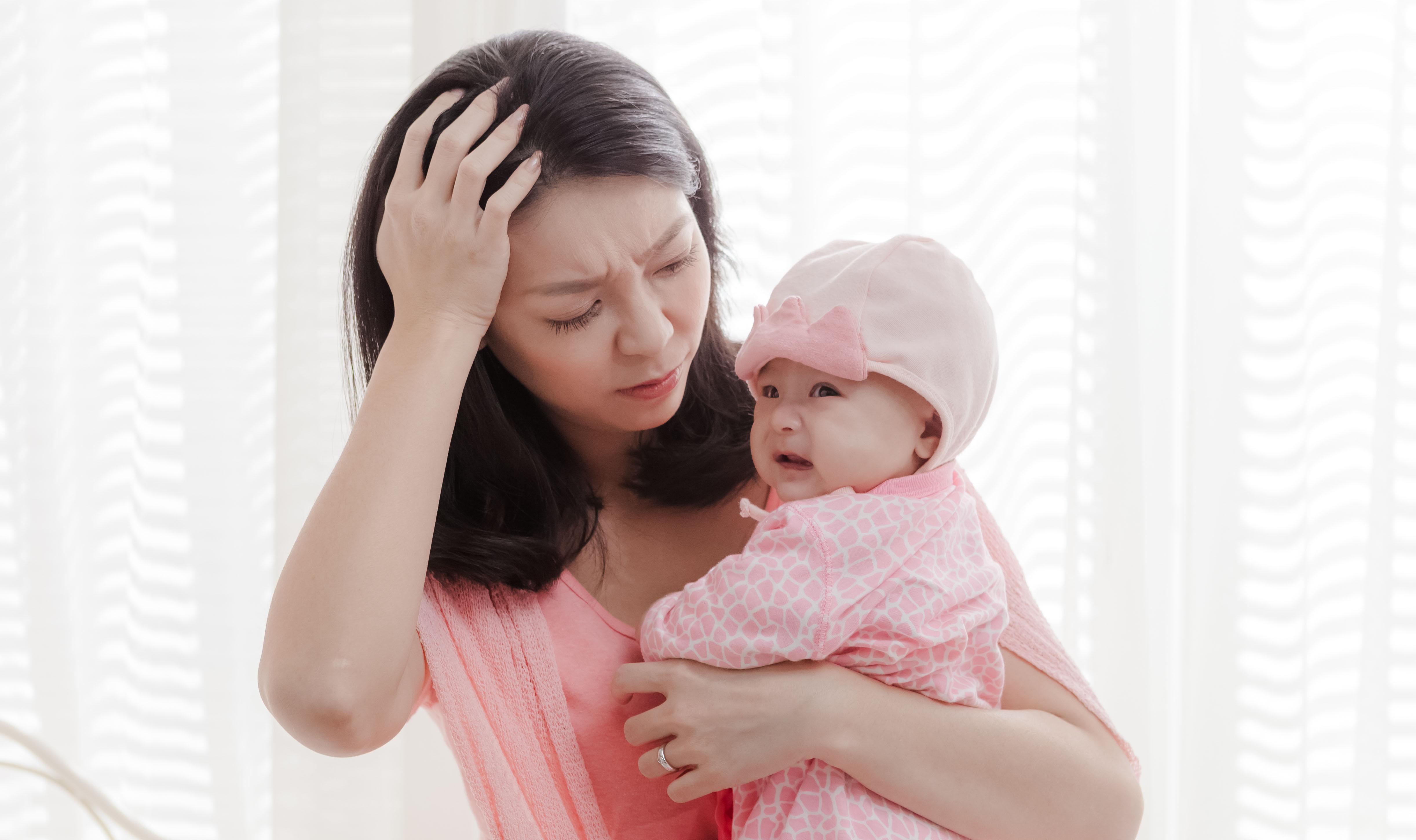 媽媽的不耐煩,是向家人求救的訊號