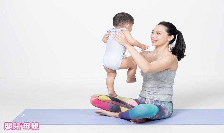 這套親子瑜珈,可以讓寶貝晚上睡得好,還能幫媽咪甩掉多餘肉肉!