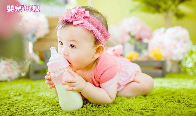 杜絕寶寶撿地上東西吃,恐使寶寶失去訓練免疫力機會