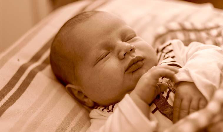 台中一女嬰突休克 竟與無法代謝奶中蛋白質有關