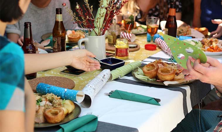 美國醫學會雜誌研究:全家人一起吃飯對孩子有6大好處!