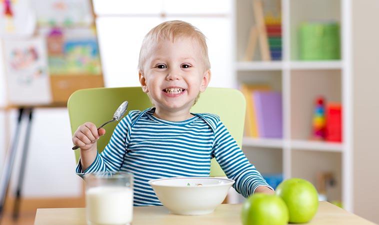 喝羊奶補充營養又健康     營養師上課了!讓寶貝吃出秋冬保護力