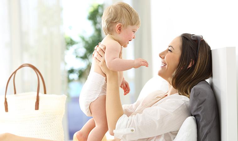 媽咪餵奶大解密:哺乳技巧與銜接母乳配方奶挑選