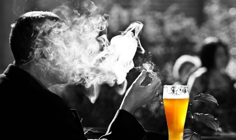 聽我一句勸,懷孕戒菸戒酒才能降低寶寶疾病