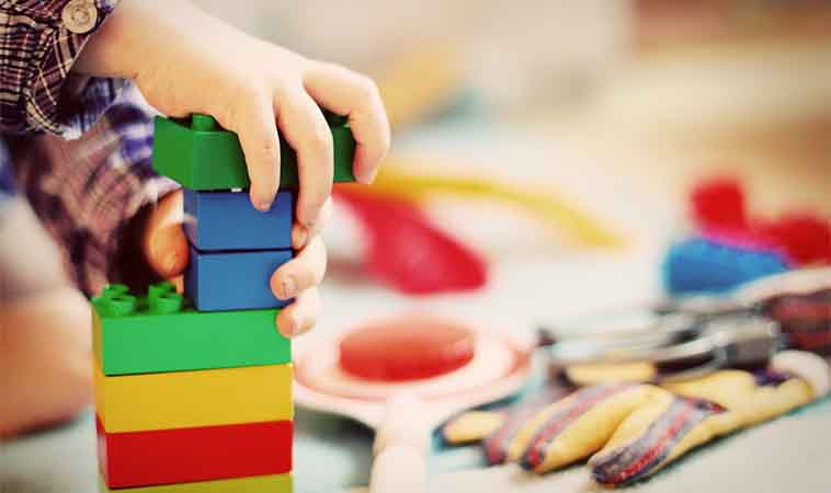 期待老師當孩子的另一個父母,合理嗎?親師溝通,先懂4重點