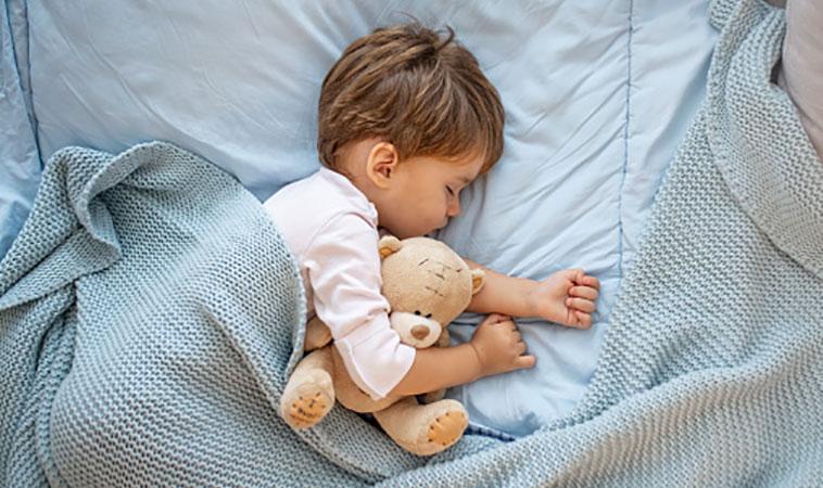 寶寶出生的第一年:7~9個月的發展