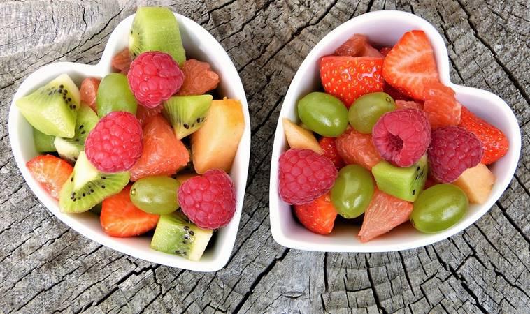 太甜的水果過量小心引來高血壓、高膽固醇!10種低糖水果教你這樣吃