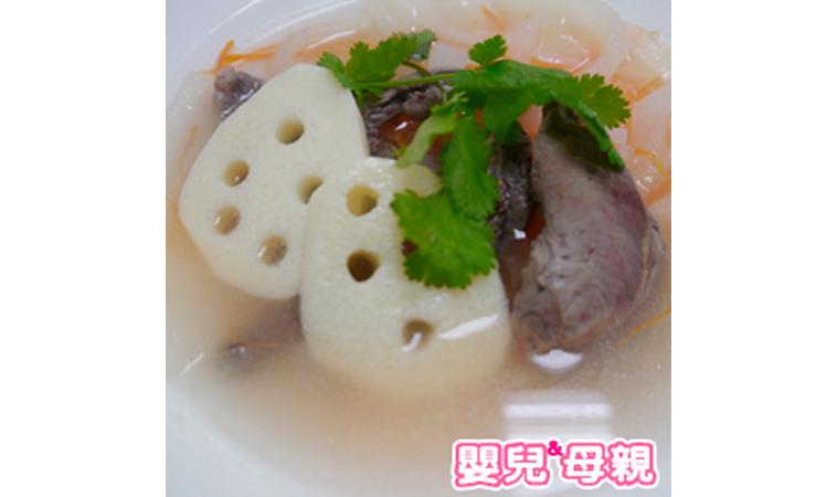 白蘿蔔汁燉蓮藕豬心干貝湯、女人燉雞湯