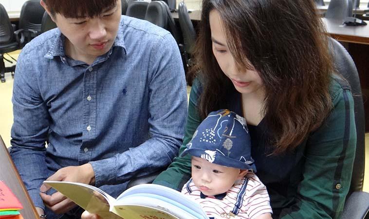 煎熬守護151天,早產兒爸媽靠這招度過孩兒病情難關