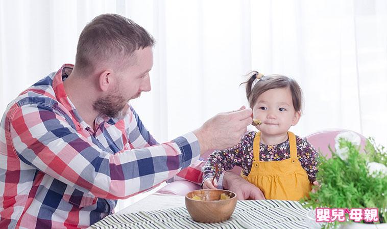 孩子吃飯慢,超崩潰!這4種原因你注意到了嗎?
