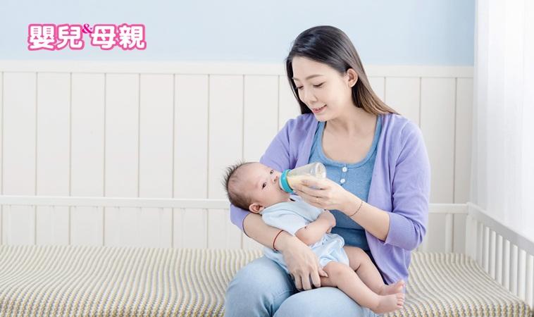 嬰兒要喝多少奶才夠?醫師教你如何評估寶寶奶量